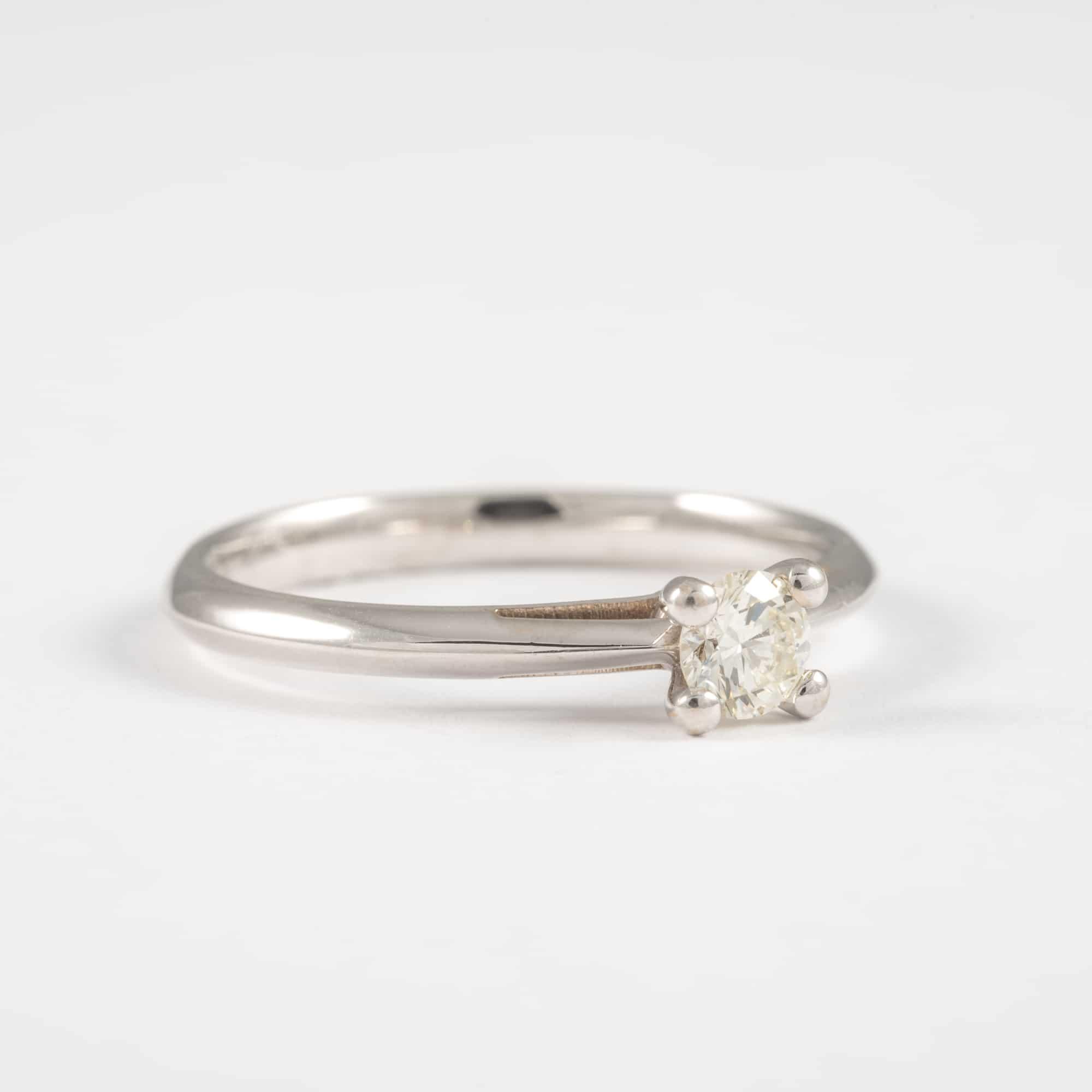 טבעת יהלום בשיבוץ סוליטר Alex